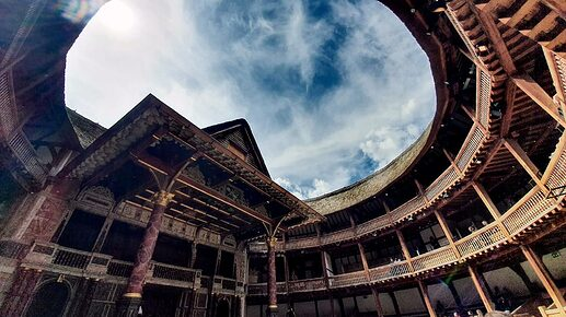 Shakespeares-Globe-Theatre-Open-Air
